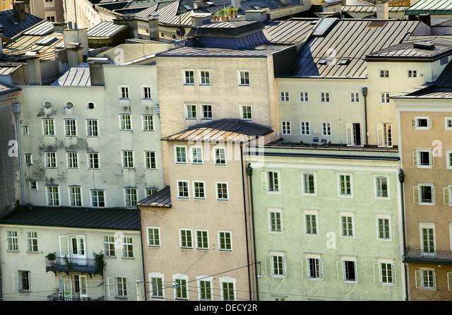 500 year old historical bourgeois houses in Rudolfskai street, Salzburg. Austria - Stock Image