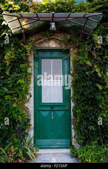 France, Charente Maritime, Saint Georges d'Oleron, house door - Stock Image