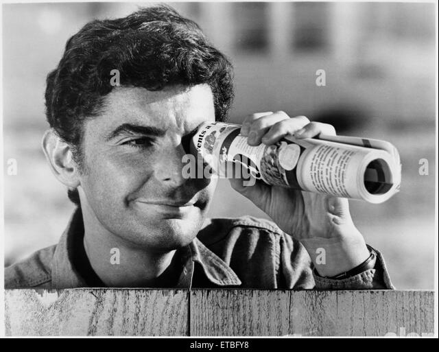 """Richard Benjamin,  on-set of the Film """"The Marriage of a Young Stockbroker"""", 1971 - Stock Image"""