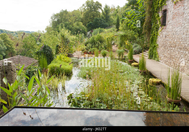 Architectes stock photos architectes stock images alamy for Les paysagistes