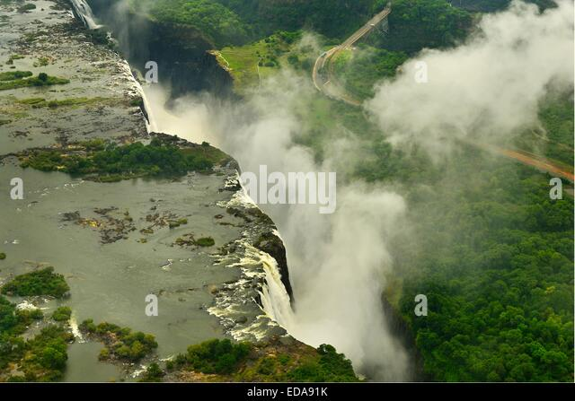 Aerial image of the Victoria Falls and the spray taken from the Zimbabwe side and looking towards Zambia.  Africa, - Stock-Bilder