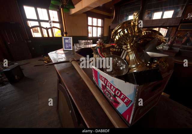 Disused pub stock photos images alamy