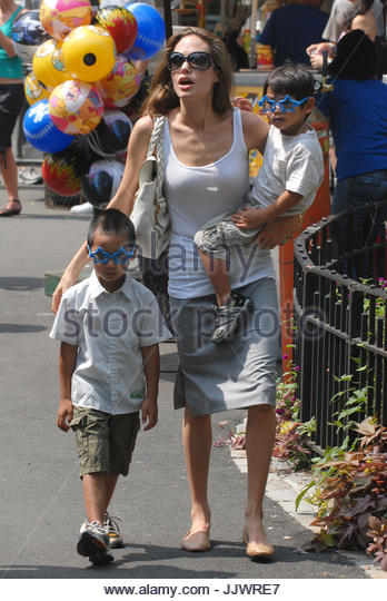 maddox and pax jolie pitt - photo #6