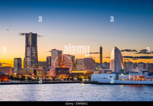 Yokohama, Japan sunset skyline. - Stock Image