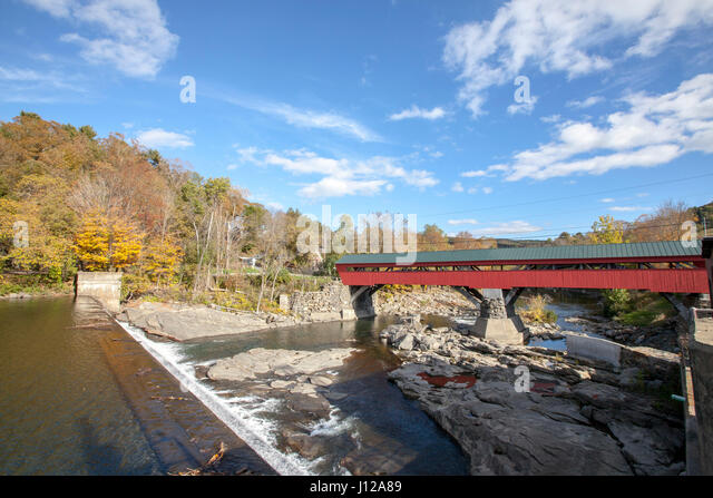 Taftsville covers bridge in New England, Vermont, USA - Stock Image