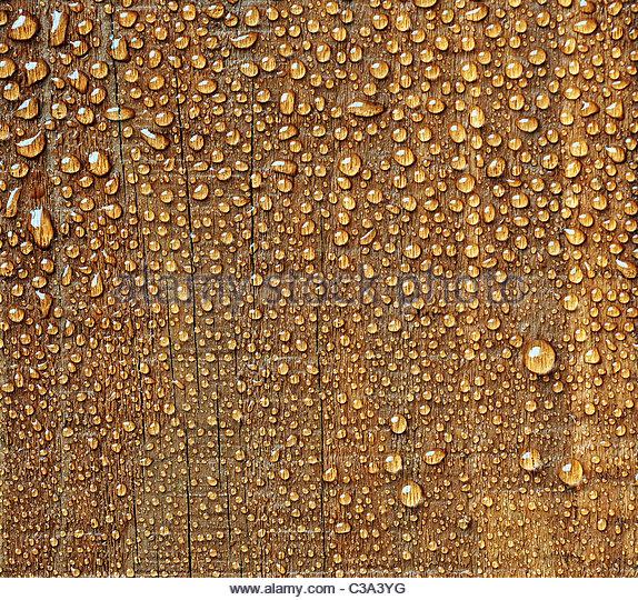 water drops on wood - Stock-Bilder