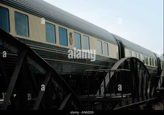 Eastern And Oriental Express Train Stock Photos & Eastern ...