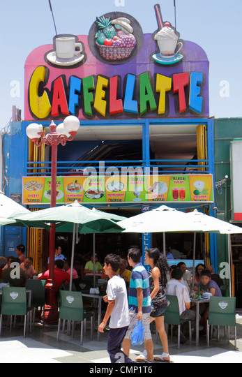 Chile Arica Paseo Peatonal 21 de Mayo pedestrian mall business Caffellatte sidewalk cafe bistro casual dining Hispanic - Stock Image