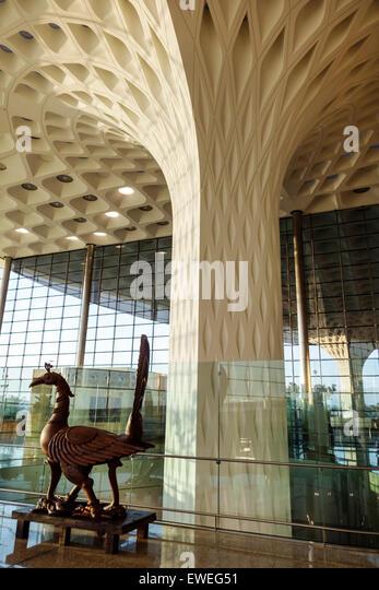 Mumbai India Indian Asian Chhatrapati Shivaji International Airport column design terminal sculpture bird architecture - Stock Image