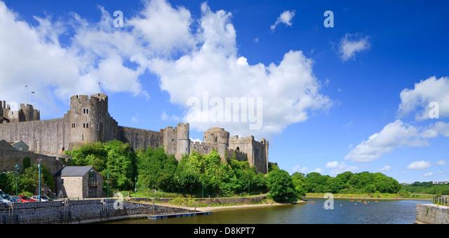 Pembroke Castle Pembroke Pembrokeshire Wales - Stock-Bilder