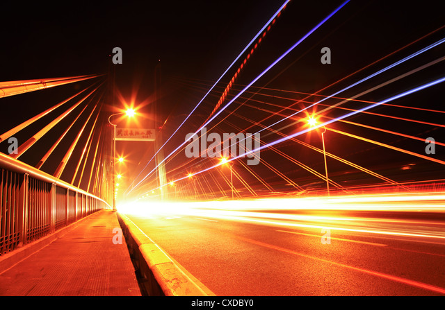 bridge traffic at night - Stock-Bilder