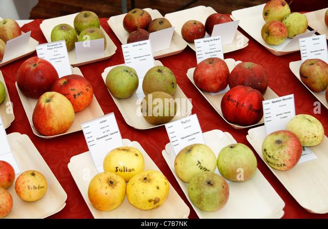 La pomme stock photos la pomme stock images alamy for Alcool de poire maison