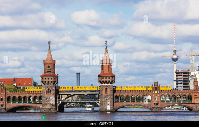 View from the river Spree on the Oberbaumbrücke an - Stock-Bilder