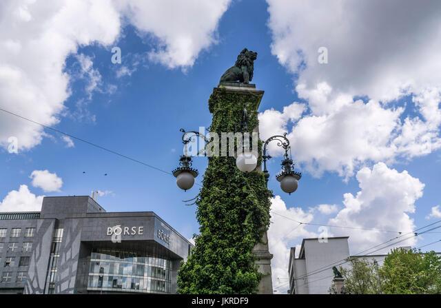 Lion statue, Stauffacher bridge ,  SIX Swiss Exchange, Boerse, Zurich, Switzerland - Stock Image