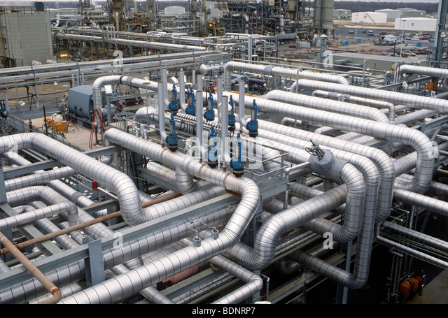 Maze of pipes in Philadelphia oil refinery. - Stock Image
