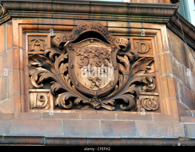 Crest on Warrington Police Headquarters Building in stonework - Stock Image
