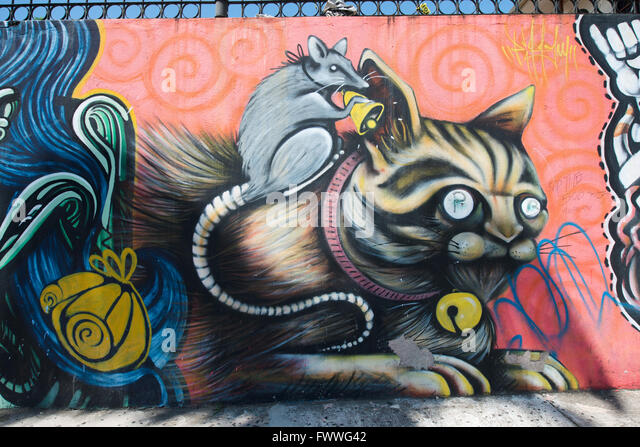 Cat and mouse graffiti, San Jose downtown, San José Province, Costa Rica - Stock Image
