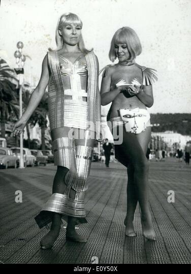 Nov. 07, 1968 - Futuristic Lunar Styles in Nice Fashion Show - Stock-Bilder