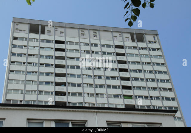 London, UK. 16th June, 2017. A tower blocks with claddinglocated in the borough of Kensington and Chelsea. Credit: - Stock Image