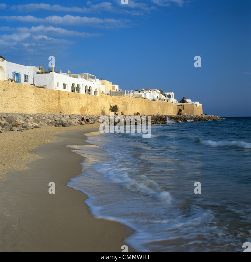 The Medina walls, Hammamet, Cap Bon, Tunisia, North Africa, Africa - Stock Image