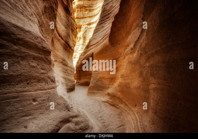 Slot canyon in Tent Rocks National Monument, New Mexico - Stock-Bilder
