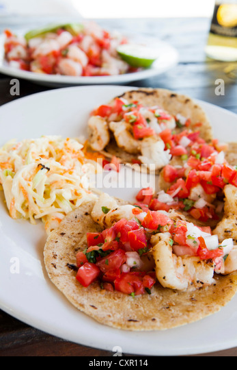 Soft shell tacos with shrimp - Stock Image