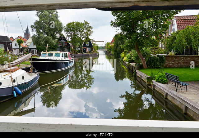 Canal in Edam, North-Holland, The Netherlands - Stock Image