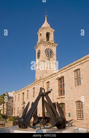 Bermuda Dockyard Clocktower Shopping Mall black anchors fountain - Stock Image