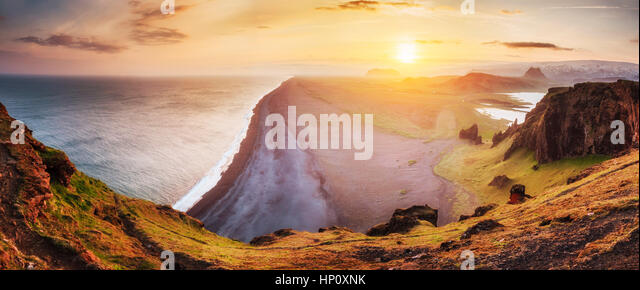Landscape with ocean and Reynisfjall mount. Iceland - Stock Image