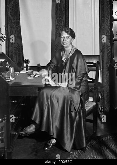 a biography of the eleanor roosevelt wife of president franklin d roosevelt Biographycom highlights president franklin d roosevelt find out more about how he led the united states through the great depression and world war ii.