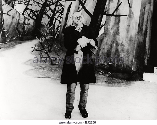 an analysis of the movie the cabinet of dr caligari directed by robert weine