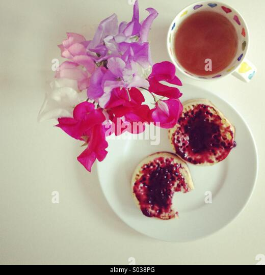Tea and crumpets - Stock Image