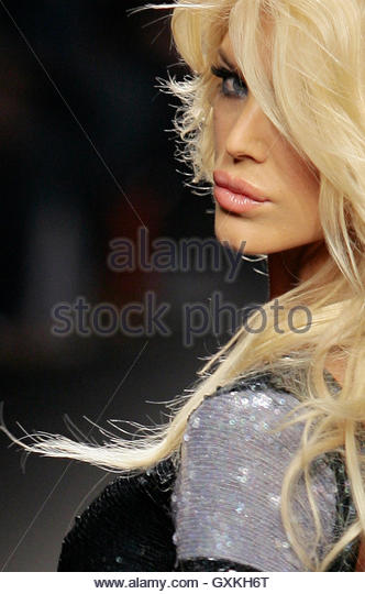 Victoria Silvstedt 2007 Stock Photos & Victoria Silvstedt ...