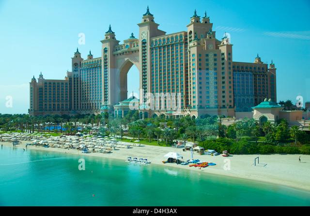 Atlantis hotel dubai stock photos atlantis hotel dubai for Dubai palm hotel