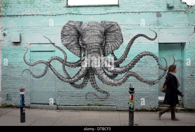 Pandilla stock photos pandilla stock images alamy for 18th street gang mural