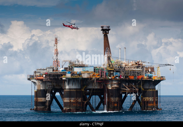 Oil Workers Helicopter Flight Oil Stock Photos Amp Oil Workers Helicopter F