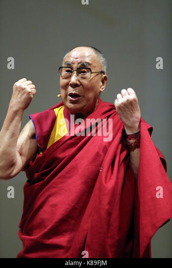 Palermo, Italy. 18th Sep, 2017. Palermo, the Dalai Lama in Palermo, in the picture: the meeting at the Massimo Theater. - Stock Image