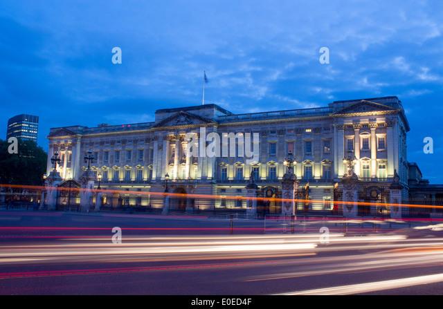 Buckingham Palace at n...