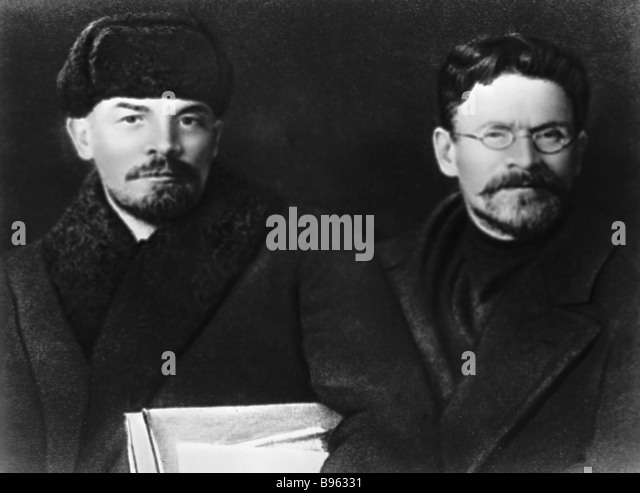 Vladimir Lenin left and Mikhail Kalinin right - Stock Image
