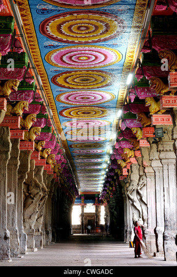 Inside Meenakshi Temple in Madurai South India - Stock Image