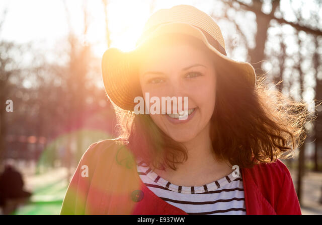 Portrait of young woman - Stock-Bilder