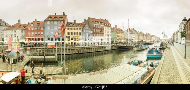 Nyhavn harbour, Copenhagen, Denmark - Stock Image