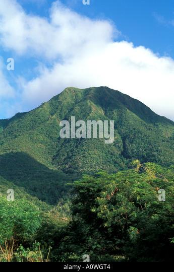 Mount Nevis peak scenic landscape mt nevis - Stock Image