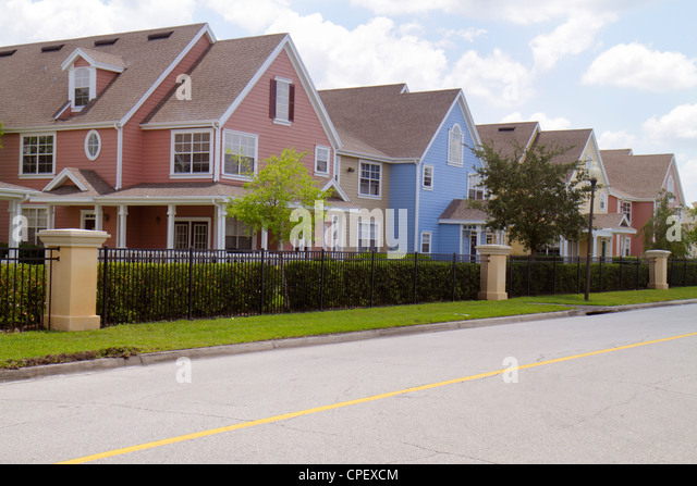 Orlando Florida St. Cloud gated community connected homes townhouses residential - Stock Image