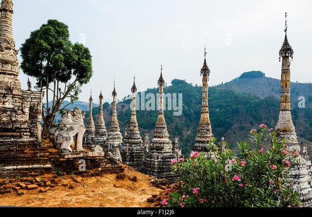 Hilltop Monastery Omshan Burma Myanmar near Namshan - Stock-Bilder