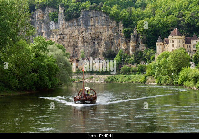 Tourist boat along Dordogne river South west France - Stock Image