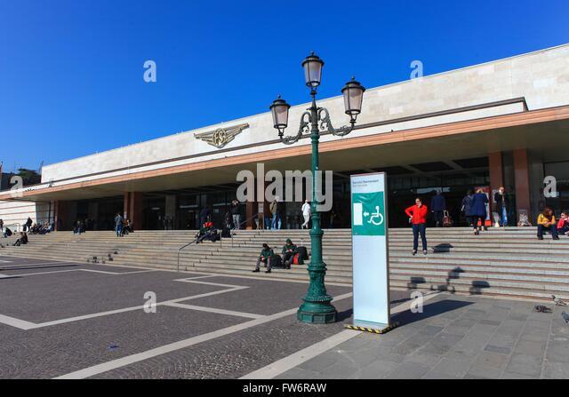 j k railway stations in venice - photo#39