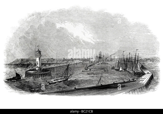 lowestoft harbour with the improvements - Stock Image