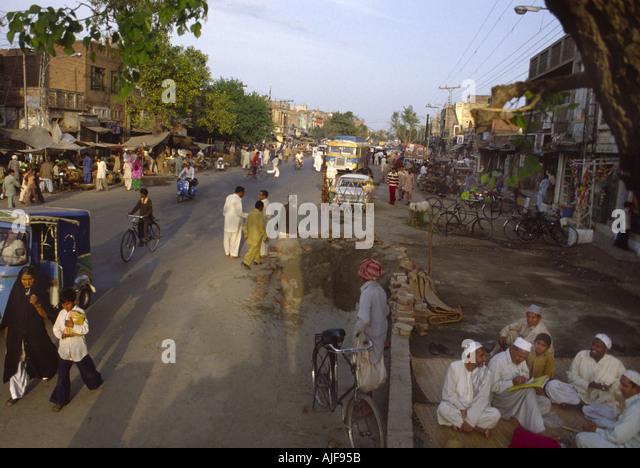 Lahore Pakistan Street Stock Photos Amp Lahore Pakistan