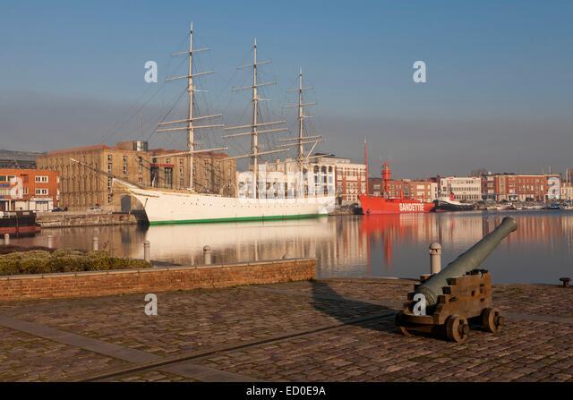 Duchesse stock photos duchesse stock images alamy - Dunkirk port france address ...